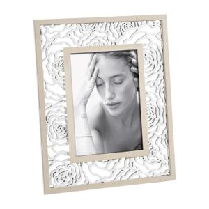 Romance Wooden Line Composed of Photo Frame